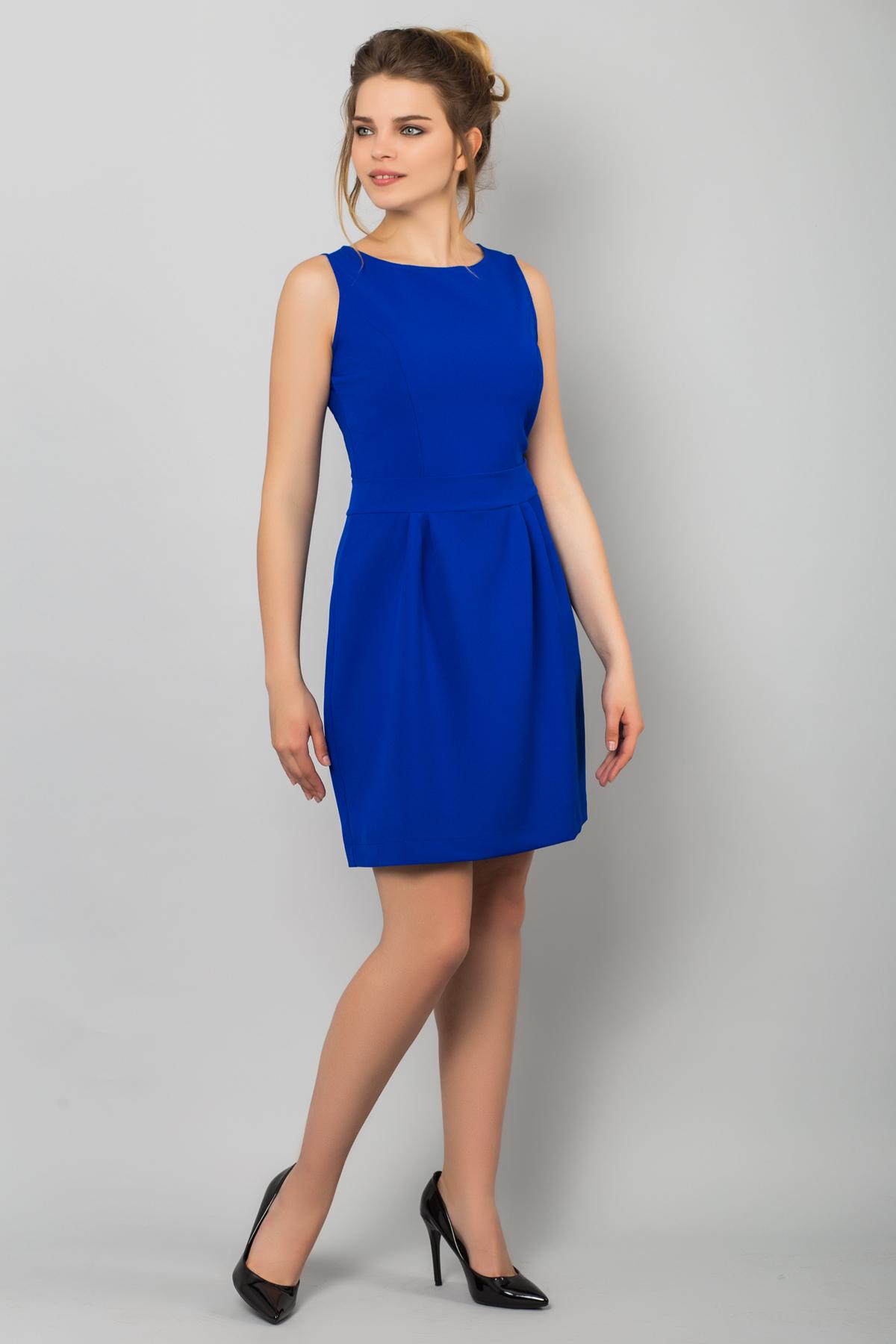 Синее платье без рукавов