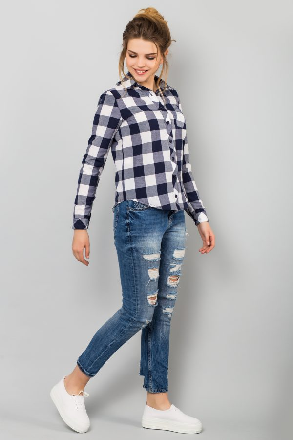 shirt-plaid-bg-half