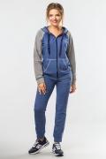 sportsuit-grey-jeans