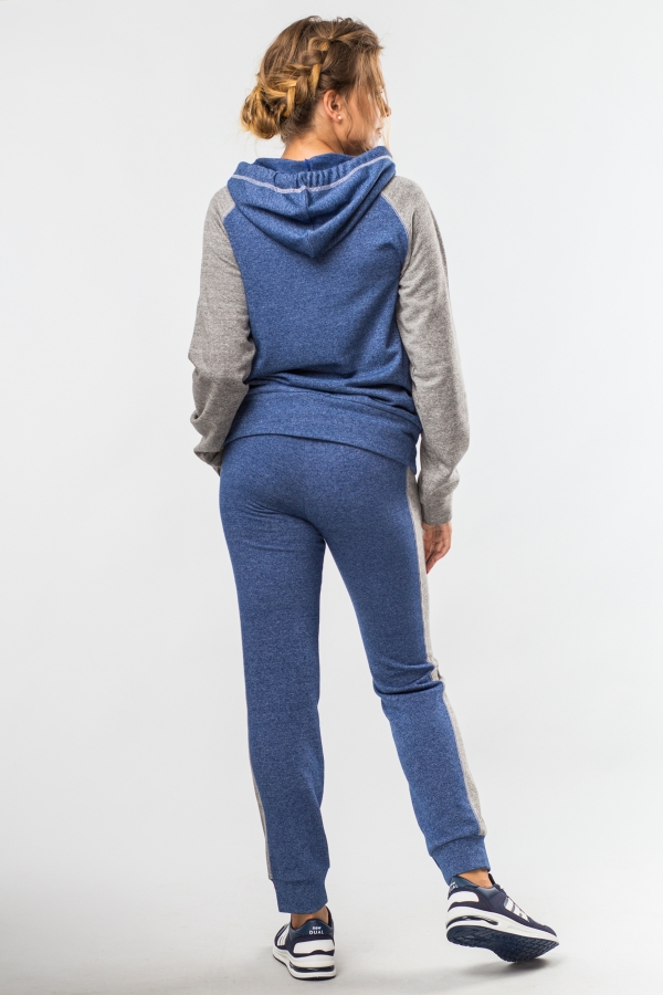 sportsuit-grey-jeans-back
