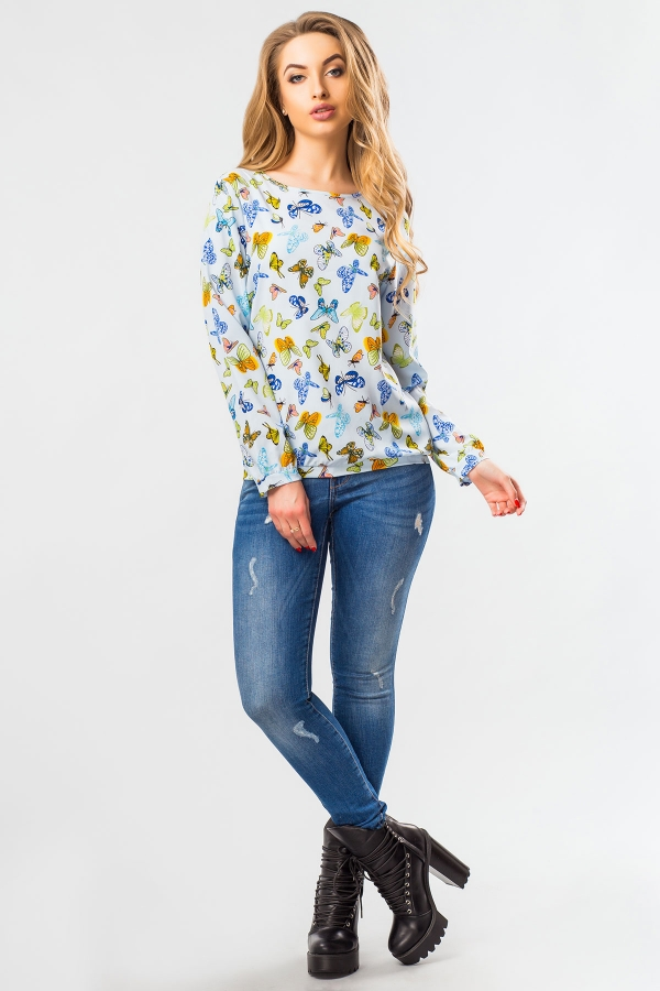 blue-blouse-butterflies-full