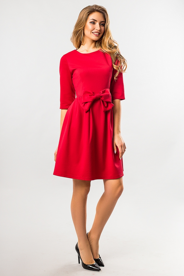 red-dress-with-battle-full