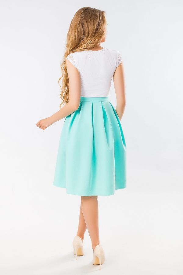 mint-skirt-with-pockets-back