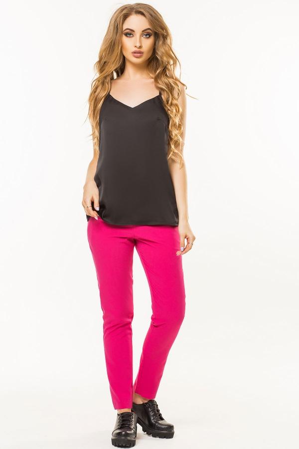 black-t-shirt-in-linen-style-full