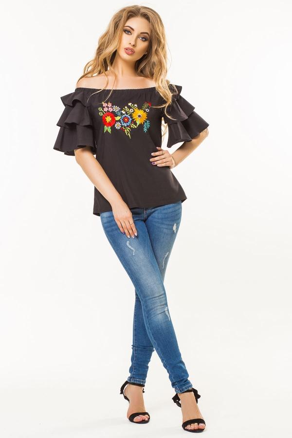 black-blouse-flounces-embroidery-half