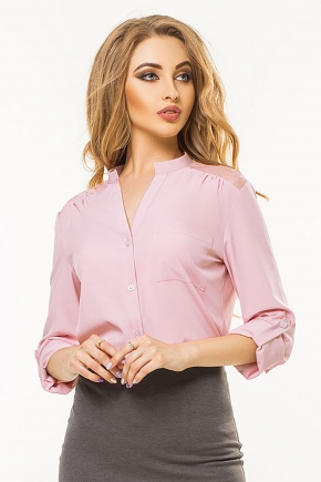 pink-blouse-guipure-coquette