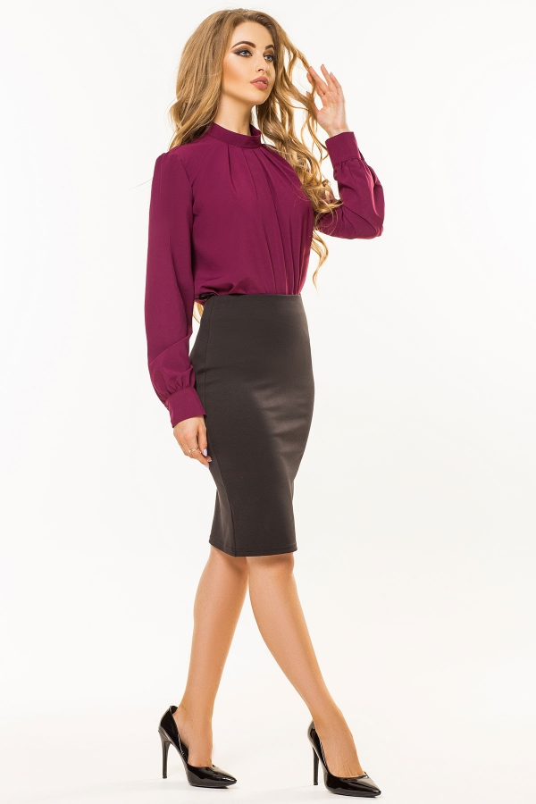 plum-blouse-rack-warehouses-half2