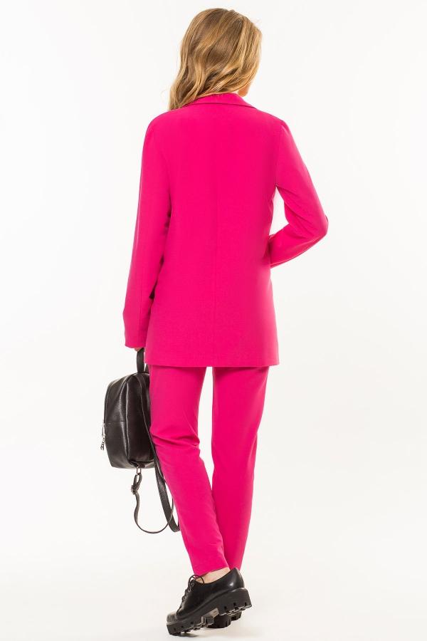 crimson-trousers-pleats-back