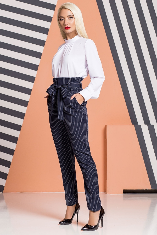 dark-blue-striped-trousers-belt-half
