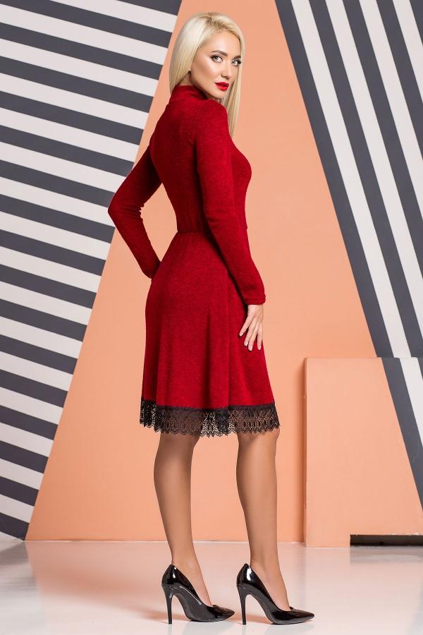 dark-red-dress-under-throat-lace-back