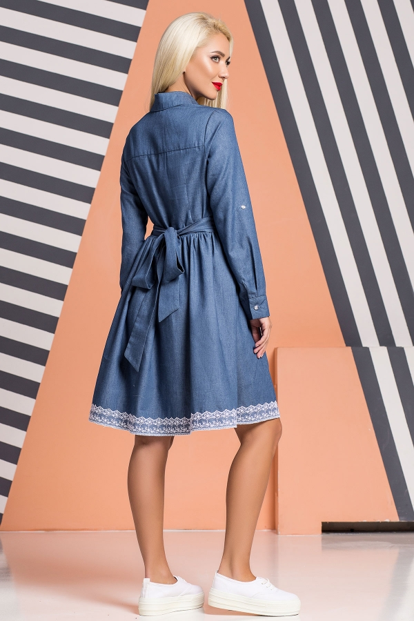 denim-dress-lace-trim-back