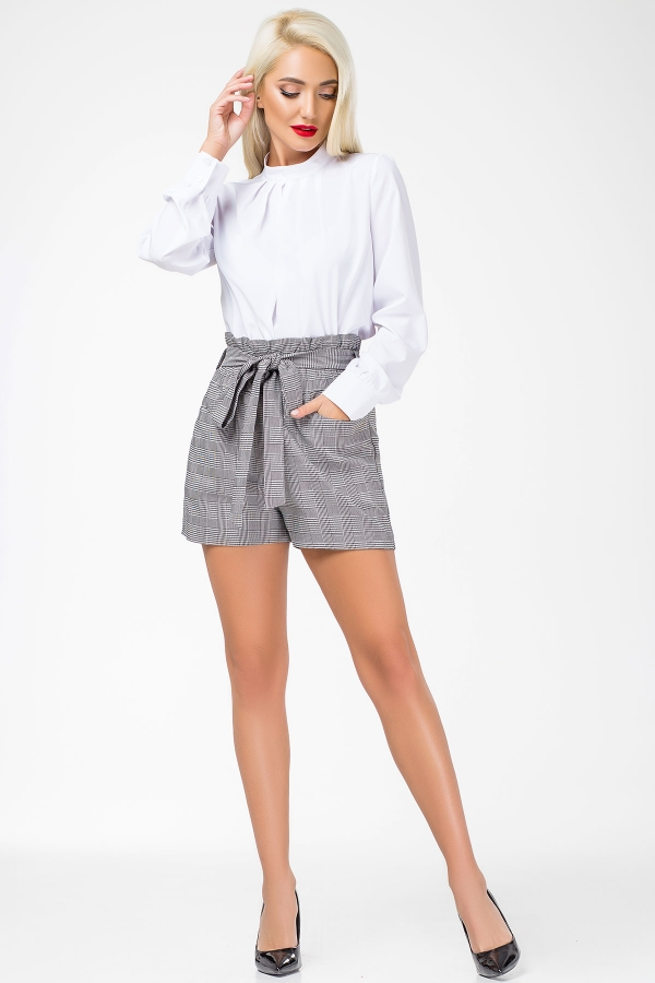 gray-check-shorts-belt-full2