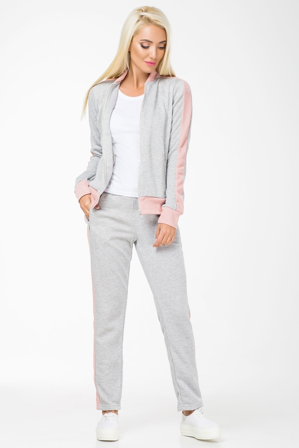 gray-suit-powder-inset-full2