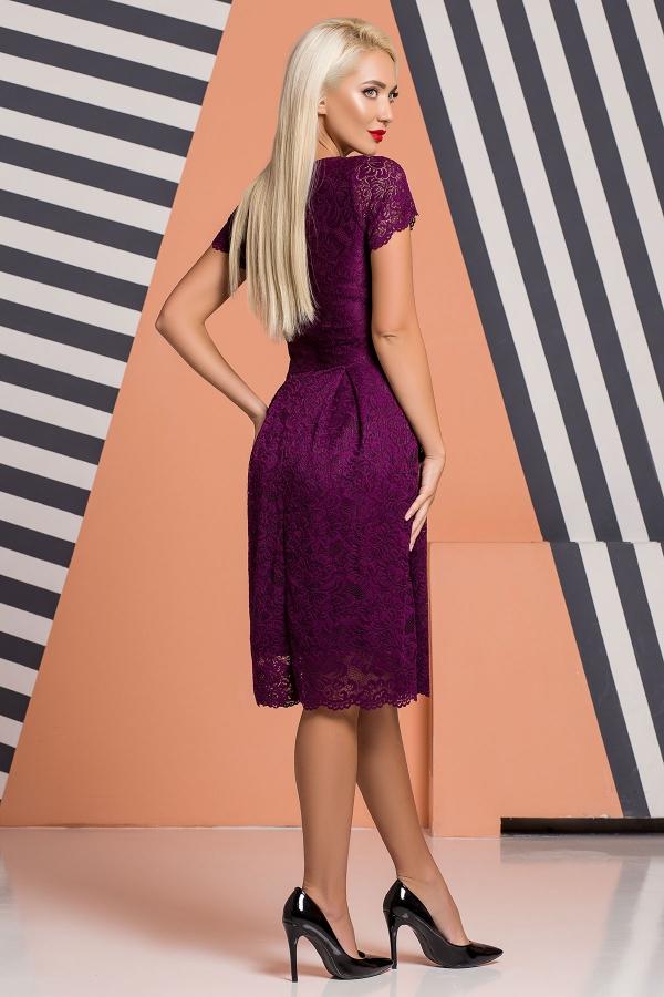 plum-guipure-dress-pleats-back