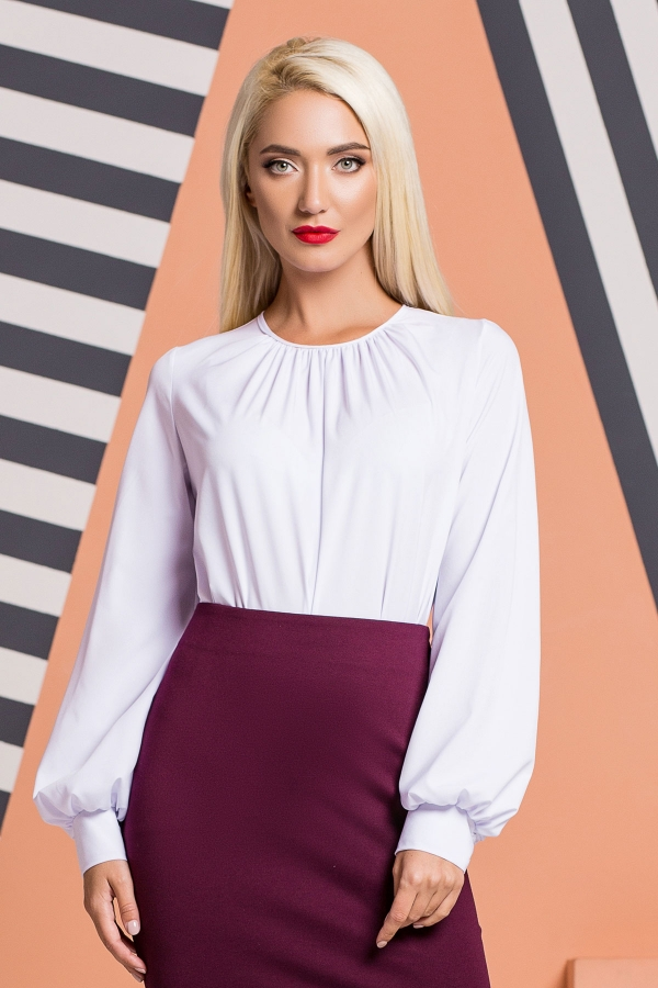 white-pleated-blouse-wide-sleeves