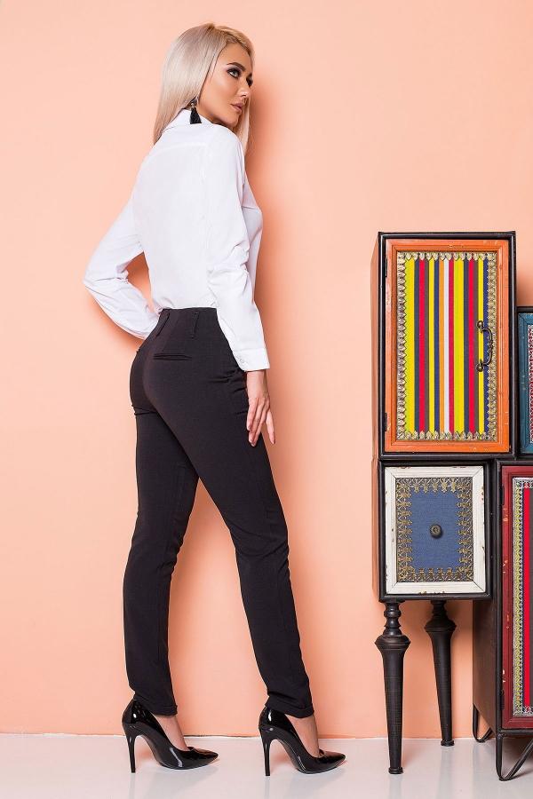 black-pants-2-pockets-back