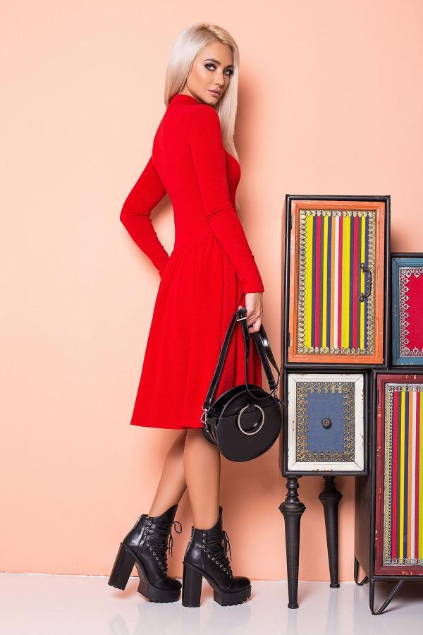 red-dress-ruffles-golden-zipper-back