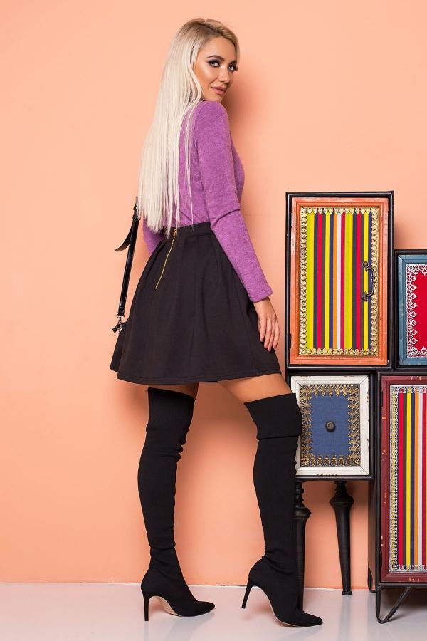 black-pleated-skirt-back