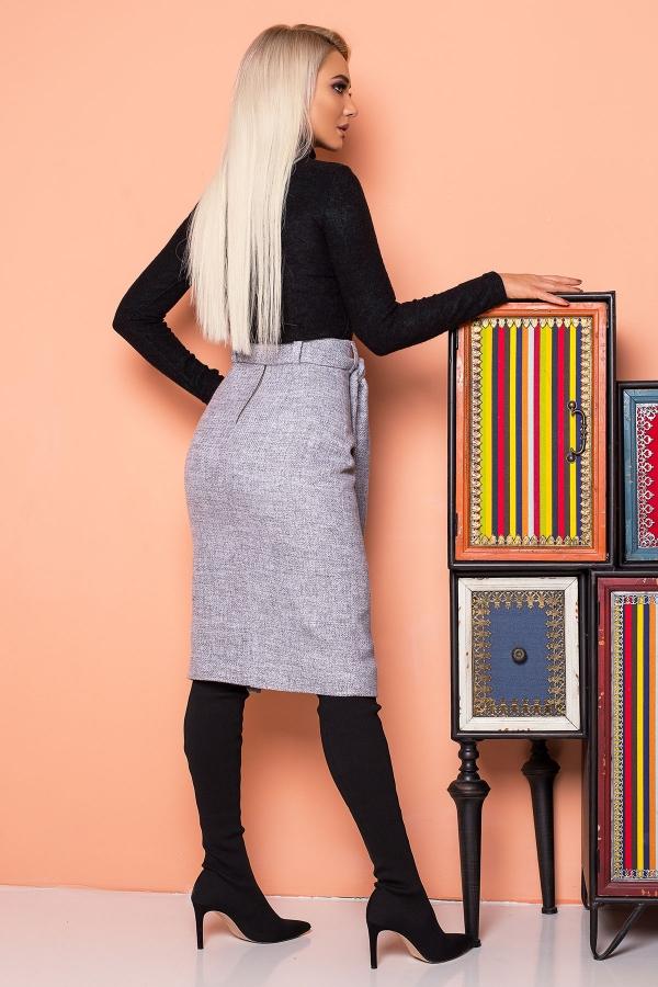 gray-skirt-black-buttons-back