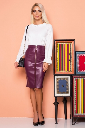 plum-leather-skirt-zipper